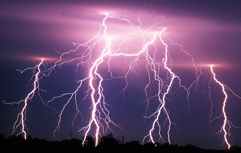 lightningbolts-1486410481